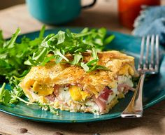 Bacon and egg pie recipe - This could just be the pie that dreams are made of! Simply line tin with pastry, add ingredients, top with pastry and bake. Egg And Bacon Pie, Egg Pie, Bacon Dip, Brunch Recipes, Breakfast Recipes, Dinner Recipes, Breakfast Ideas, Breakfast Dishes, Breakfast Casserole