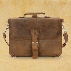 http://www.saddlebackleather.com/briefcasethin?sc=8&category=301406