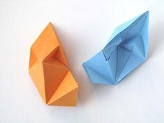 Origami: modulo Stella aquilone - Kite Star, visto da sopra e da sotto