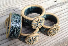 Ceramic Napkin Rings - Set of 12 - with patterned band and decorative Medallion… Ceramic Jewelry, Clay Jewelry, Ceramic Art, Clay Birds, Sculptures Céramiques, Napkin Holders, Pottery Tools, Rustic Blue, Pottery Studio