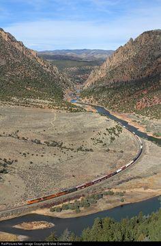 RailPictures.Net Photo: BNSF 7598 BNSF Railway GE ES44DC at Radium, Colorado by Mike Danneman