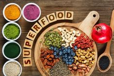 Are Superfoods really all that super for your health? I'm sure this question pops into your head when you read the latest news on the next great superfood that's storming the market. But what are the real facts behind the superfood mystique? Vegan Foods, Healthy Foods To Eat, Healthy Snacks, Healthy Eating, Eating Lean, Superfoods, Trim Healthy Mama, Healthy Heart, Nutrition