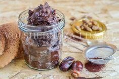 Паста из фиников==финики 300 грамм сметана 2-3 ст. ложки (сколько паста «возьмет») какао-порошок 2 ст. ложки корица 0,5 ч. ложки соль щепотка.