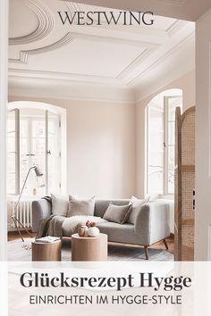 """Unter dem dänischen Wort """"Hygge"""" verbirgt sich eine ganze Philosophie. Diese fängt bei der Einrichtung an und weitet sich als Lebensgefühl in jeden noch zu kleinen Bereich aus. Wir verraten Euch alles, was Ihr über das hyggelige Wohlbefinden wissen müsst und geben wertvolle Tipps und Tricks für den gemütlich dänischen Wohnstil! // #westwing #mywestwingstyle #hygge #scandi Tricks, Dining Bench, Oversized Mirror, Furniture, Home Decor, Philosophy, Danish Interior, Coffee Mornings, Nordic Style"""