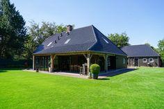 Landelijk - Timbor Gazebo, Outdoor Structures, Cabin, House Styles, Home Decor, Lush, Kiosk, Decoration Home, Room Decor