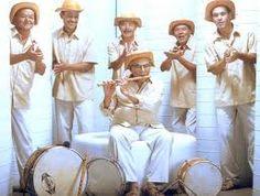 """A Casa dos Cordéis, em Guarulhos, recebe a Banda de Pífanos de Caruaru, no domingo, 22, às 11h, com entrada Catraca Livre. A sonoridade única da banda, composta por pífanos e percussão, foi descoberta por alguns astros da MPB, como Gilberto Gil, que gravou """"Pipoca Moderna"""" (com letra de Caetano Veloso) em seu disco Expresso...<br /><a class=""""more-link"""" href=""""https://catracalivre.com.br/geral/agenda/barato/pifanos-de-caruaru-levam-sua-musica-nordestina-a-guarulhos/"""">Continue lendo »</a>"""
