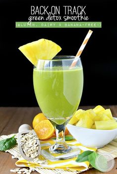 Back+on+Track+Green+Detox+Smoothie+is+gluten,+dairy,+and+banana+free.+Perfect+for+resetting+after+over+indulging!+#glutenfree+#dairyfree+|+iowagirleats.com
