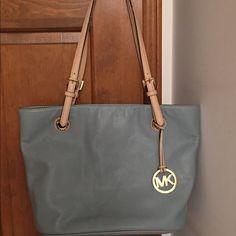Authentic Michael Kors handbag Leather. Excellent condition Michael Kors Bags Mini Bags