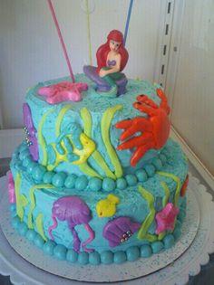 little girls little mermaid cake (: