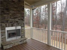 Screen porch fireplace OR A WOODSTORVE, OR PROPANE WOOD LOOKING STOVE...GEL FIREPLACE...FIRE FOR WINTER!