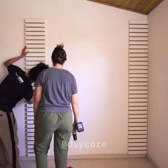 Circa Who Furniture Code: 2921816673 Diy Furniture Videos, Diy Furniture Easy, Diy Furniture Projects, Diy Wood Projects, Home Decor Furniture, Diy Crafts For Home Decor, Home Decor Hacks, Home Room Design, Diy Desk