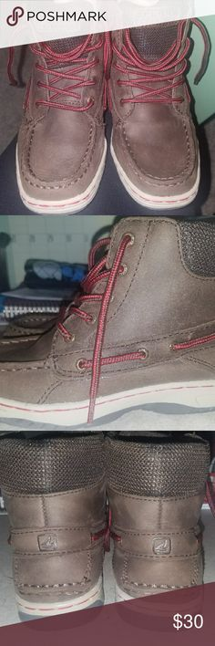 Sperry Top Slider boy shoes ! Used once only..brand new condition ?? Sperry Shoes Boots
