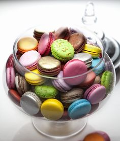 Faites des macarons http://www.cookandjoy.fr/patisserie/261-plaque-42-macarons-4-cm.html?search_query=macaron&results=18