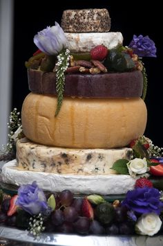 love this cheese platter idea Forest Wedding, Dream Wedding, Cheese Platters, Charcuterie, Wedding Season, Acai Bowl, Wedding Cakes, Cheesecake, Cheesecakes
