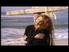 Belinda Carlisle - Circle In The Sand.