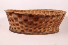 Your place to buy and sell all things handmade Old Wicker, Wicker Baskets, Kitchen Baskets, Vintage Baskets, Primitive Kitchen, Country Style Homes, Light Recipes, Bread, Antiques