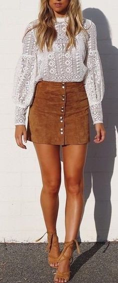 incredible outfit : white lacer blouse + brown skirt + heels
