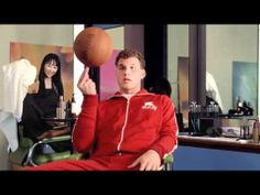 Kia Optima 'Hair Salon' commercial starring Blake Griffin
