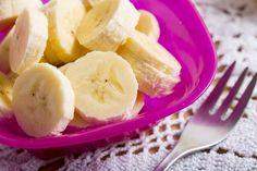 TBSはなまるマーケットでも紹介され、この冬改めてその効果が注目されている「ホットバナナ」。バナナが健康にうれしい効果があることはご存知の通りですが、温めることによってその効果がパワーアップするそうなんです。甘さもグンとアップするので、バナナがちょっと苦手という方でも食べやすいと思いますよ。今回は、そんなホットバナナの身体にうれしい効果と、ホットバナナを使った美味しいレシピをご紹介します。
