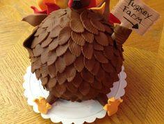 thanksgiving turkey cake www. Thanksgiving Gravy, Thanksgiving Cakes, Thanksgiving Parties, Bird Cakes, Cupcake Cakes, Cupcakes, Holiday Baking, Holiday Fun, Beautiful Cakes
