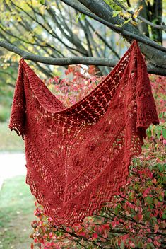 Beautiful shawl from PurlVerde on Ravelry.com From Highland, Russet, Harrisville Design's yarn.