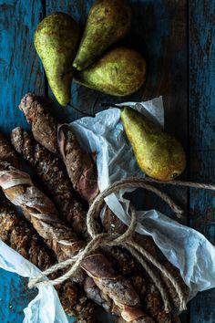 De her rugbrødsvridere passer perfekt til madpakken - både til en hurtig snack og som tilbehør til frokosten. Nemme og hurtige - find opskriften her.
