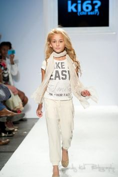 Vogue Bambini fashion show in NYC October, 2012 Child model Angelina G.Porcelli Walks for Italian Designer ki6?