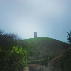 Glastonbury Tor, Somerset Glastonbury Tor, Somerset, Monument Valley, Mystic, Mountains, Places, Nature, Travel, Naturaleza
