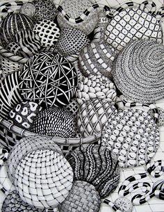 Zentangle balls - Zentangle like - zentangle inspired - zentangle patterns - #zentangle - doodle art #doodleart