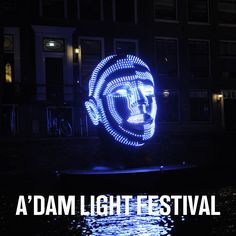 Sloep en Amsterdam Light Festival