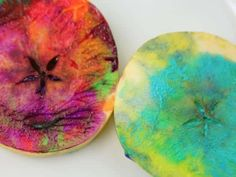 Cool project from http://www.kiwicrate.com/projects/Stained-Glass-Apple-Printing/460: Stained Glass Apple Printing