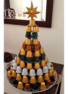 Seja com chocolate, biscoitos, frutas ou até uma pizza! É possível usar comidinhas de vários jeitos para incrementar a mesa da ceia de Natal