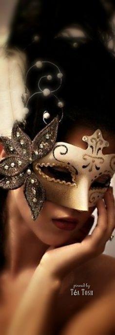 ❇Téa Tosh❇ Masked