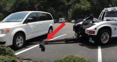 Un curieux véhicule s'approche de la voiture: ce qui se passe en quelques secondes va vous inquiéter