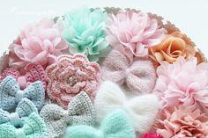 Prinsessajuttu: Hiusjuttuja Crochet Hair Styles, Diy Crochet, Hair Ties, Floral, Flowers, Ribbon Hair Ties, Royal Icing Flowers, Flower, Flower