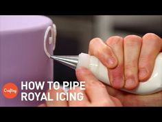 Piping Techniques for Cake Decorating: A Step by Step Tutorial