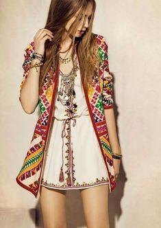 chic bohemian boho style hippy hippie chic bohème vibe gypsy fashion indie folk the . ╰☆╮╰☆╮Boho chic bohemian boho style hippy hippie chic bohème vibe gypsy fashion indie folk the . Boho Chic, Look Hippie Chic, Look Boho, Gypsy Style, Hippie Style, Bohemian Style, Hippie Boho, Hippie Masa, 70s Hippie