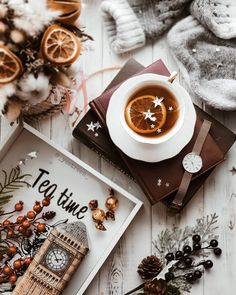 """Thank ADEXE Watches for the gift! Photo lesson from the series """"I like to show my bloopers ? Flat Lay Photography, Coffee Photography, Art Photography, Autumn Photography, Christmas Mood, Christmas And New Year, Christmas Flatlay, English Tea Time, Home Bild"""