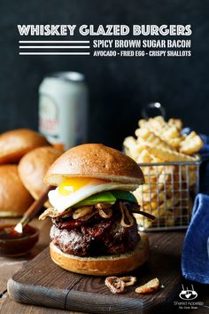 Whiskey Glazed Burgers with Spicy Brown Sugar Bacon, Avocado, Crispy Shallots, and a Fried Egg! A perfect Father's Day EPIC burger. Best Burger Recipe, Burger Recipes, Grilling Recipes, Burger And Fries, Burger With Egg, Fried Egg Burger, Burger Menu, Bacon Avocado, Bacon Bacon