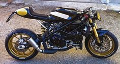 RocketGarage Cafe Racer: Ducati 999 Pirate edition ^