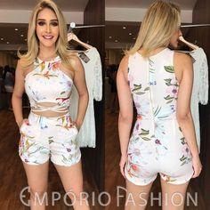 COLEÇÃO CARNAVAL Recebemos uma coleção belíssima para o carnaval. Venham conferir!! . . Macaquinho: 239,90; Tamanhos: P e M. . . #newsemporio #newcollection #carnaval #colecaocarnaval #wearecarnival #modafeminina #lojavarejo #vendaonline #moda #roupafeminina #lancamento #colecaonova Dressy Outfits, Short Outfits, Spring Outfits, Cute Outfits, Suit Fashion, Fashion Outfits, Short Summer Dresses, Kawaii Clothes, Chor
