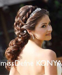 GELINLIK MODELLERI gelinlik saci Wedding hairstyles Konya nin gelinligi missDefne KONYA #missdefnekonya #missdefne #konya #kazimkarabekir #karaman #bozkir #eregli #taskent #guneysinir #aksehir #kulu #beysehir #seydisehir #cihanbeyli #dugun #damat #wedding #bridal #hochzeit #gelinliksaci #hairstyles