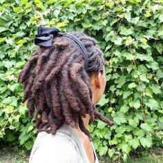 Inspiration for the thick locs lovers (Featured Queen Short Locs Hairstyles, Ethnic Hairstyles, Cool Hairstyles, Pretty Dreads, Beautiful Dreadlocks, Black Women Dreadlocks, Curly Hair Styles, Natural Hair Styles, Dreads Girl