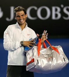 Rafa goes to R2 at the AO 2014