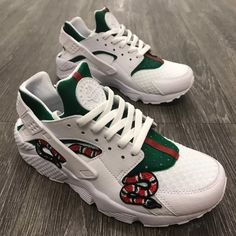 Shop Men's Nike size Various Sneakers at a discounted price at Poshmark. Description: GUCCI SNAKE Huarache- ALL SIZES- these are not my own pics I don't not take credit for this custom- I would like to do this custom on a pair of Huaraches- 1-2 week after purchase to finish the custom- check out my closet to see my custom work. More on my Instagram @LL_JAYY. Sold by kvngkrvsp. Fast delivery, full service customer support.