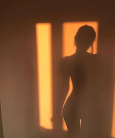 Silhouette Photography, Shadow Photography, Body Photography, Creative Photography, Portrait Photography, Photographie Glamour Vintage, Photographie Indie, Photographie Portrait Inspiration, Orange Aesthetic