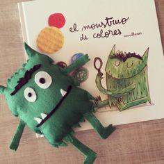 """Muñeco """"El monstruo de colores"""" de Anna Llenas"""