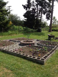 ✔ 41 diy raised garden beds for your garden 12 - DIY Garten Ideen Raised Vegetable Gardens, Raised Garden Beds, Raised Beds, Veggie Gardens, Cinder Block Garden, Cinder Blocks, Potager Garden, Square Foot Gardening, Pallets Garden