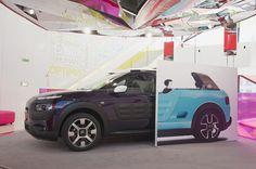 """Citroën está poniendo en marcha una nueva temporada en el C_42 con la """"Exposición Citroën [Re] Mix!"""". Fiel al espíritu de su concepto Cactus M, una reinterpretación libre de C4 Cactus, inspirado en el mítico Méhari, invita a los visitantes a viajar en el tiempo y explorar un poco de su herencia creativa inimitable."""