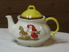 Vintage Sears Merry Mushroom Tea Pot